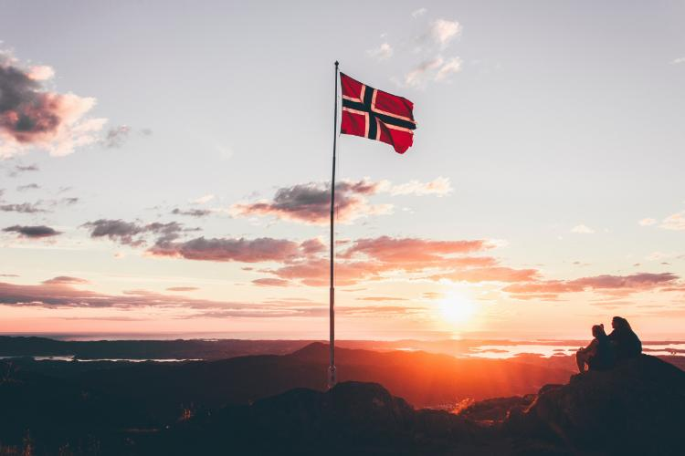 Norway Flag Photo by Mikita Karasiou on Unsplash